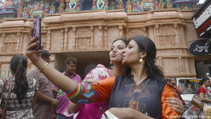 Indien Selfie (imago/Pacific Press Agency)