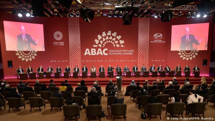 Peru APEC-Gipfel Leaders´ Dialogue (Getty Images/AFP/R. Buendia)
