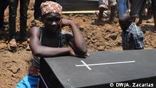 20.11.2016 Die Explosion eines Tankers in Tete, Mosambik, während eines kollektiven Diebstahls von Öl, verursacht mehr als 70 Opfer.