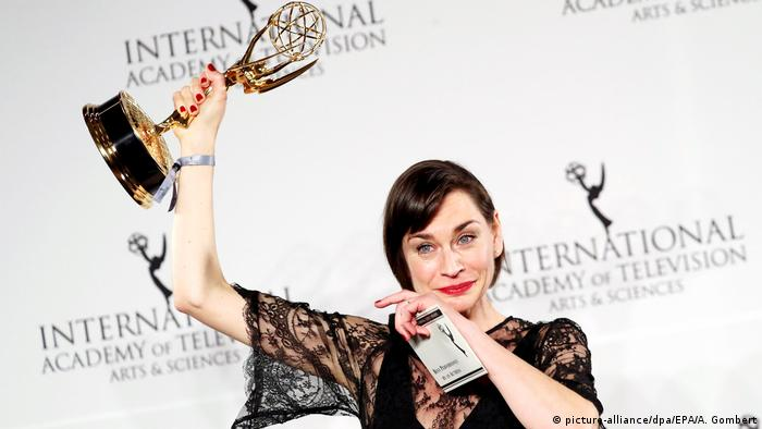 USA Emmy Awards in New York - Christiane Paul (picture-alliance/dpa/EPA/A. Gombert)