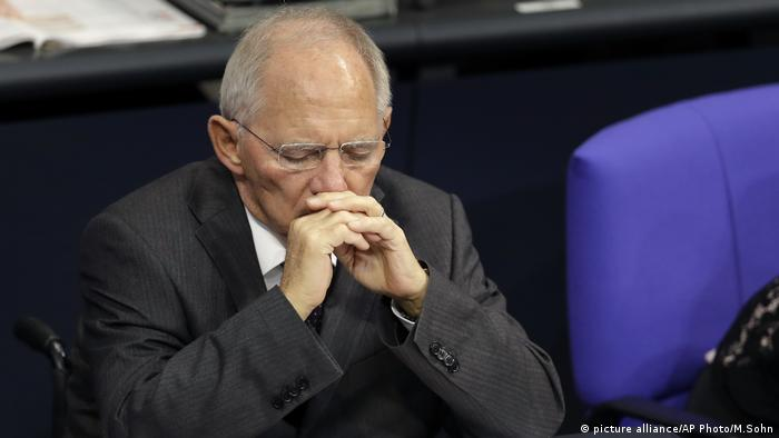 Wolfgang Schäuble Haushaltsdebatte Bundestag (picture alliance/AP Photo/M.Sohn)