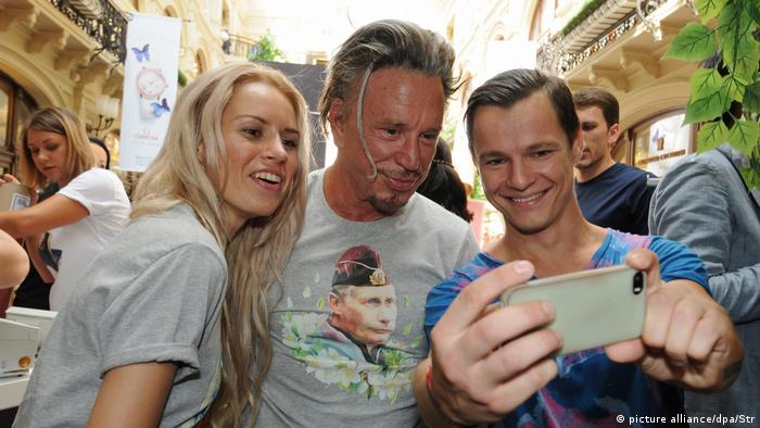 American actor and former boxer Mickey Rourke has described Putin as a very cool, regular guy