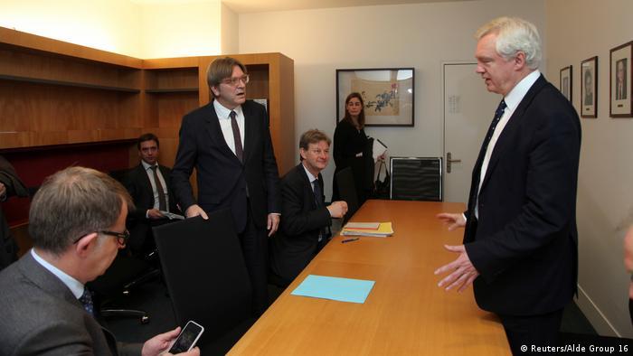 EU Parlament Straßburg Gespräch Brexit - Guy Verhofstadt & David Davis