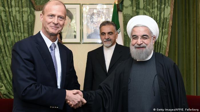 Frankreich Airbus-Chef Thomas Enders und Hassan Ruhani in Paris
