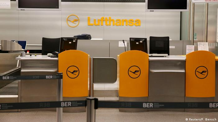 Deutschland Pilotenstreik Lufthansa Berlin-Tegel (Reuters/F. Bensch)