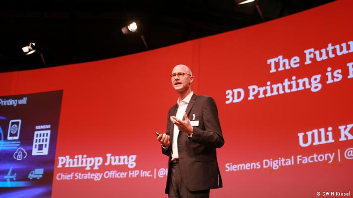 Ulli Klenk, Siemens General Manager Competence Center Additive Manufacturing (DW.H.Kiesel)