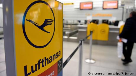Deutschland Lufthansa-Pilotenstreik in Berlin (picture-alliance/dpa/R. Jensen)