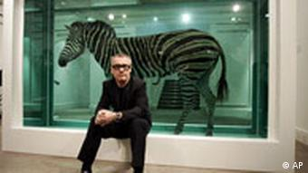 Hirst pred djelom 'The Incredible Journey' u Londonu