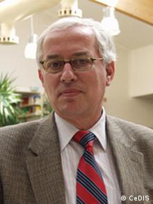 Ο Νικόλαος Αποστολόπουλος, επίτιμος καθηγητής Παιδαγωγικής και Ψυχολογίας στο Ελεύθερο Πανεπιστήμιο του Βερολίνου
