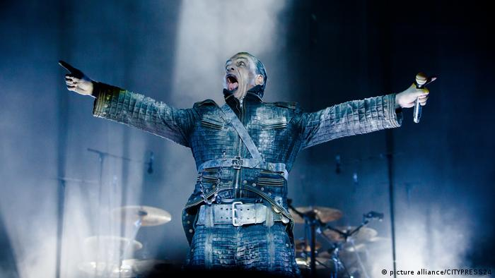 Band Rammstein Bühnenshow (picture alliance/CITYPRESS24)