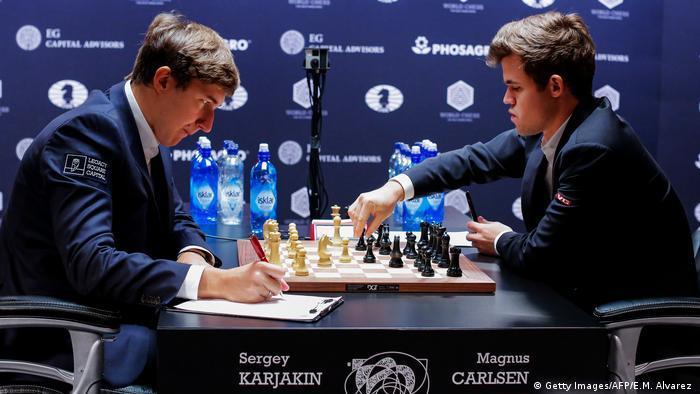 Karjakin keeps up the pressure on world chess champion Carlsen ...