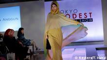 Japan Tokyo Modenschau für Muslime