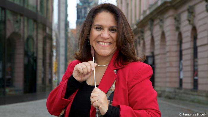 A pianista, regente e organizadora de projetos culturais Andréa Huguenin Botelho