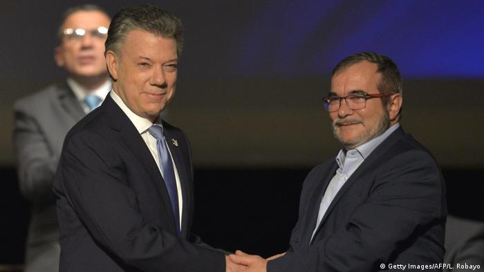 Kolumbien Bogota Unterzeichnung Friedensvertrag