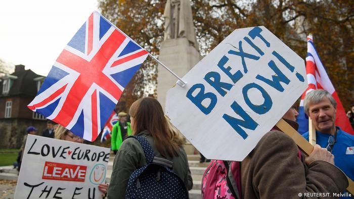 Großbritannien Brexit-Proteste (REUTERS/T. Melville)