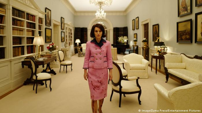 Film still Jackie - starring Natalie Portman (Imago/Zuma Press/Entertainment Pictures)