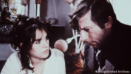 W filmie Lokator Polański powrócił do motywu zapadnia w szaleństwo z wcześniejszej produkcji Wstręt.