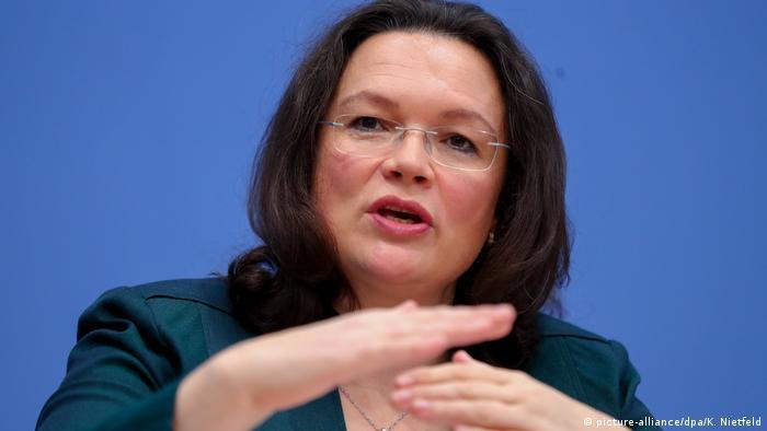 آندریا نالس، وزیر کار و امور اجتماعی آلمان