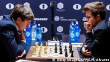 USA Schach Weltmeisterschaft in New York - Karjakin & Carlsen