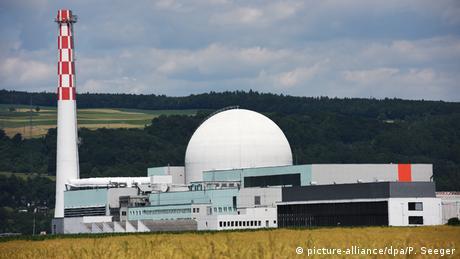 Schweizer Kernkraftwerk Leibstadt (picture-alliance/dpa/P. Seeger)