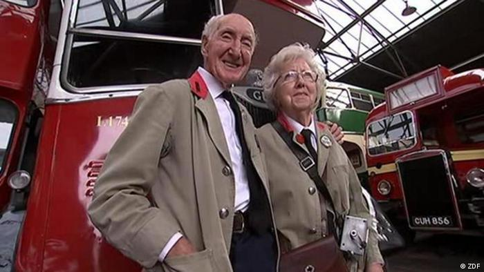 Ken and Shirley Morgan with their bus (ZDF)
