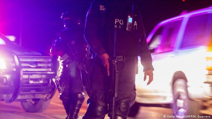 Symbolbild Mexiko Polizei (Getty Images/AFP/H. Guerrero)