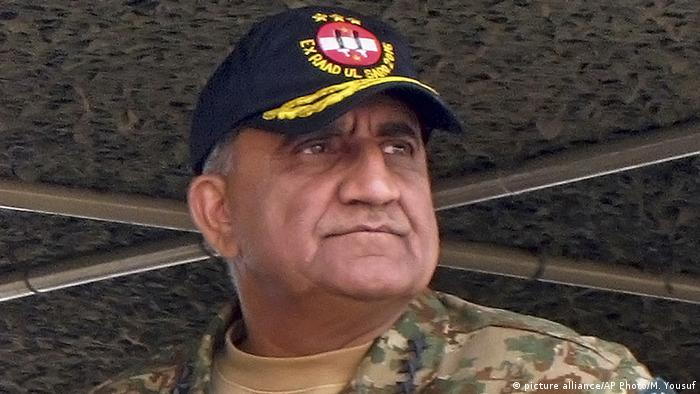 Pakistan Qamar Javed Bajwa (picture alliance/AP Photo/M. Yousuf)