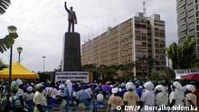 26.11.2016*** Frauen marschieren für Frieden in Largo da Independencia in Luanda, Angola.