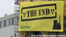 Schweiz Greenpeace-Protest gegen Atomkraftwerk