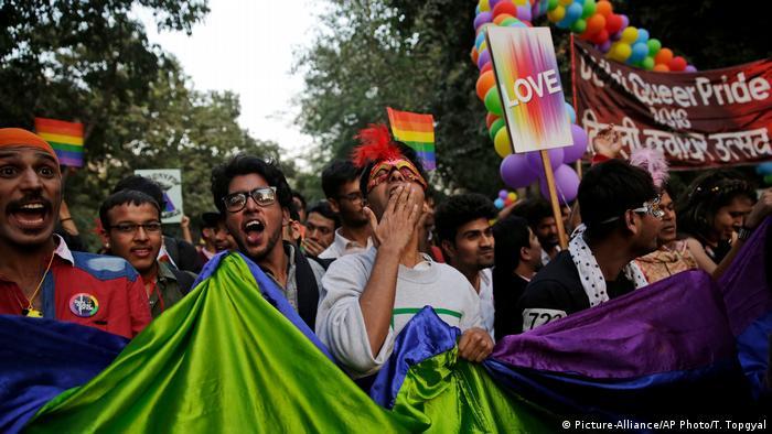 Indien Homosexuell Rechte Parade (Picture-Alliance/AP Photo/T. Topgyal)