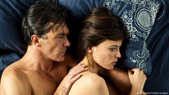 Film still from The Skin I Live In by Pedro Almodovar (imago/Unimedia Images)