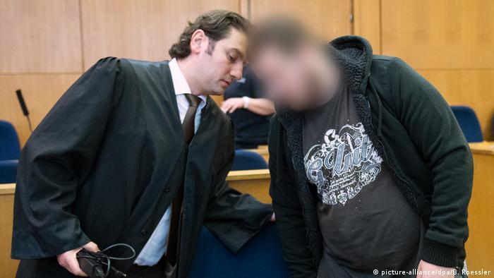 Terrorprozess gegen Syrien-Rückkehrer in Frankfurt (picture-alliance/dpa/B. Roessler)
