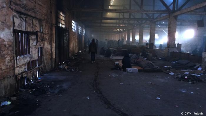 Serbien Flüchtlinge in Belgrad (DW/N. Rujevic )