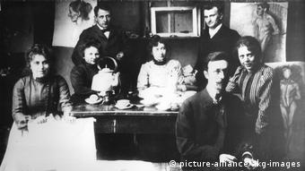 Gabriele Muenter in Malklasse Kandinskys (1902)