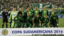 Brasilien Teamfoto AF Chapecoense (picture-alliance/dpa/M. Cunha)