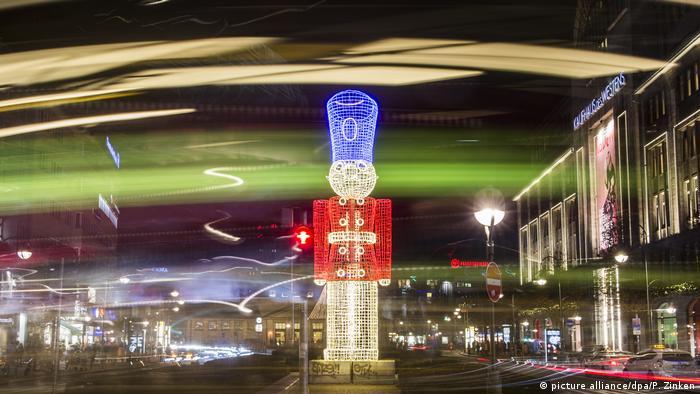 Weihnachtsbeleuchtung Berlin.Christmas City Berlin Euromaxx Videos Dw 15 12 2016