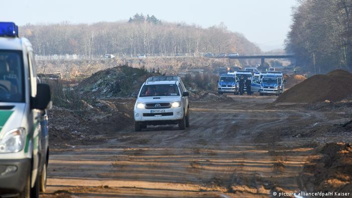 Clearing work at Hambach forest