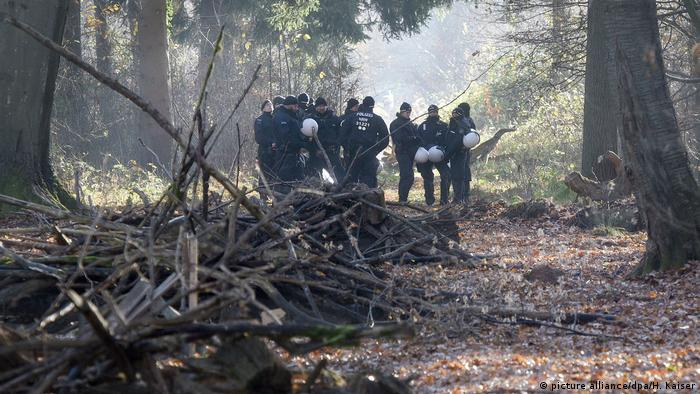 Clearing work at Germany's Hambach forest