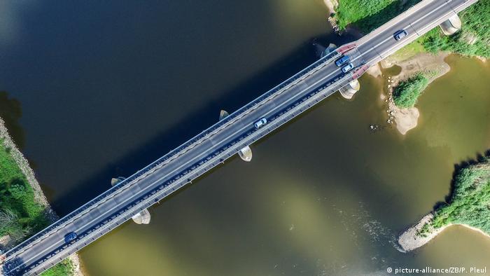 Drohne Deutsch-polnischer Grenzübergang in Küstrin (picture-alliance/ZB/P. Pleul)
