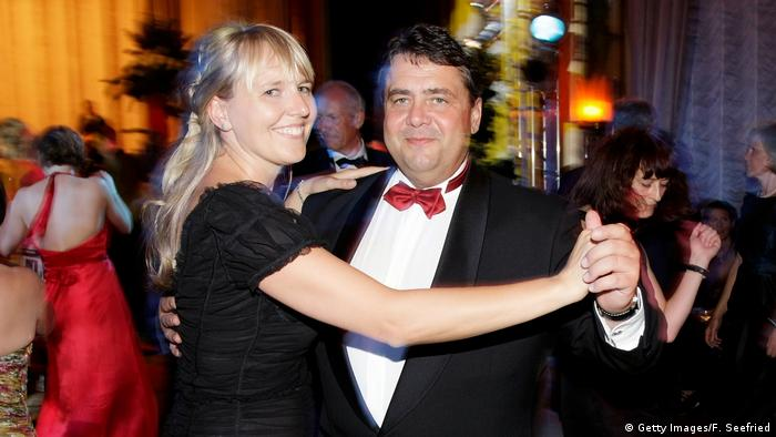 Sigmar Gabriel and Anke Stadler (Getty Images/F. Seefried)
