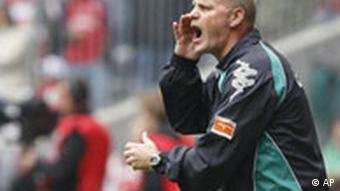 Bremen's coach Thomas Schaaf vents some frustration
