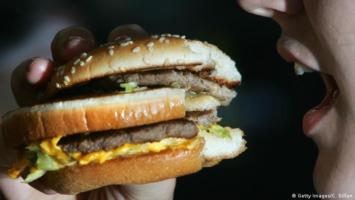 Symbolbild Burger Big Mac (Getty Images/C. Gillon)