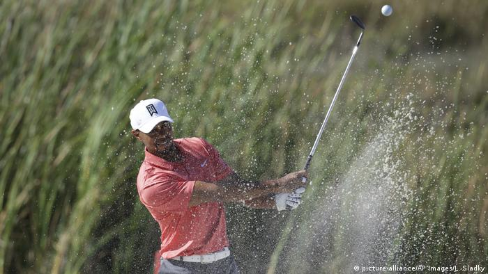 Golfsport Tiger Woods bei der Hero World Challenge (picture-alliance/AP Images/L. Sladky)