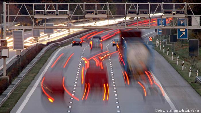 Deutschland Autobahn A14 Mautbrücke