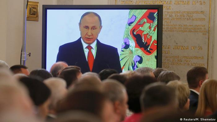 Russland Putin Rede an die Nation (Reuters/M. Shemetov)