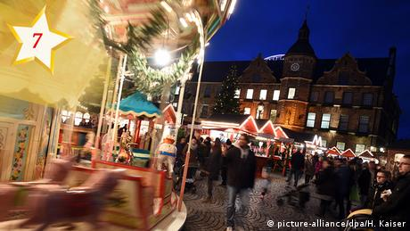 Christmas market in Germany (picture-alliance/dpa/H. Kaiser)