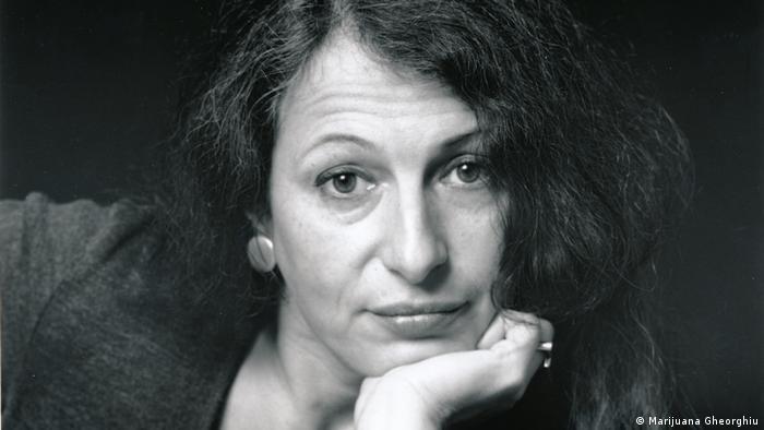 Carmen-Francesca Banciu, Autorin