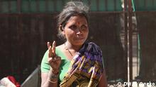 Informal waste-picker Anita in Mumbai (DW/S. Oneko)