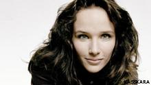Hélène Rose Paule Grimaud (* 7. November 1969 in Aix-en-Provence) ist eine französische Pianistin Helene Grimaud