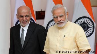 Treffen Ghani Modi Afghanistan Indien Beziehungen (picture-alliance/AA/I. Khan)